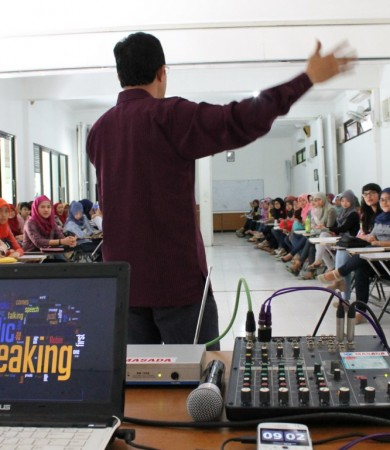PUBLIC SPEAKING CLASS SESSION IV
