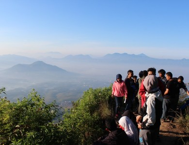 GATHERING & FUN HIKING SOFTSKILL 2014 GOES TO MT MANGLAYANG 1818 MDPL