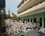 GERAKAN 1000 ORANG MENGAJI STIKES DHARMA HUSADA