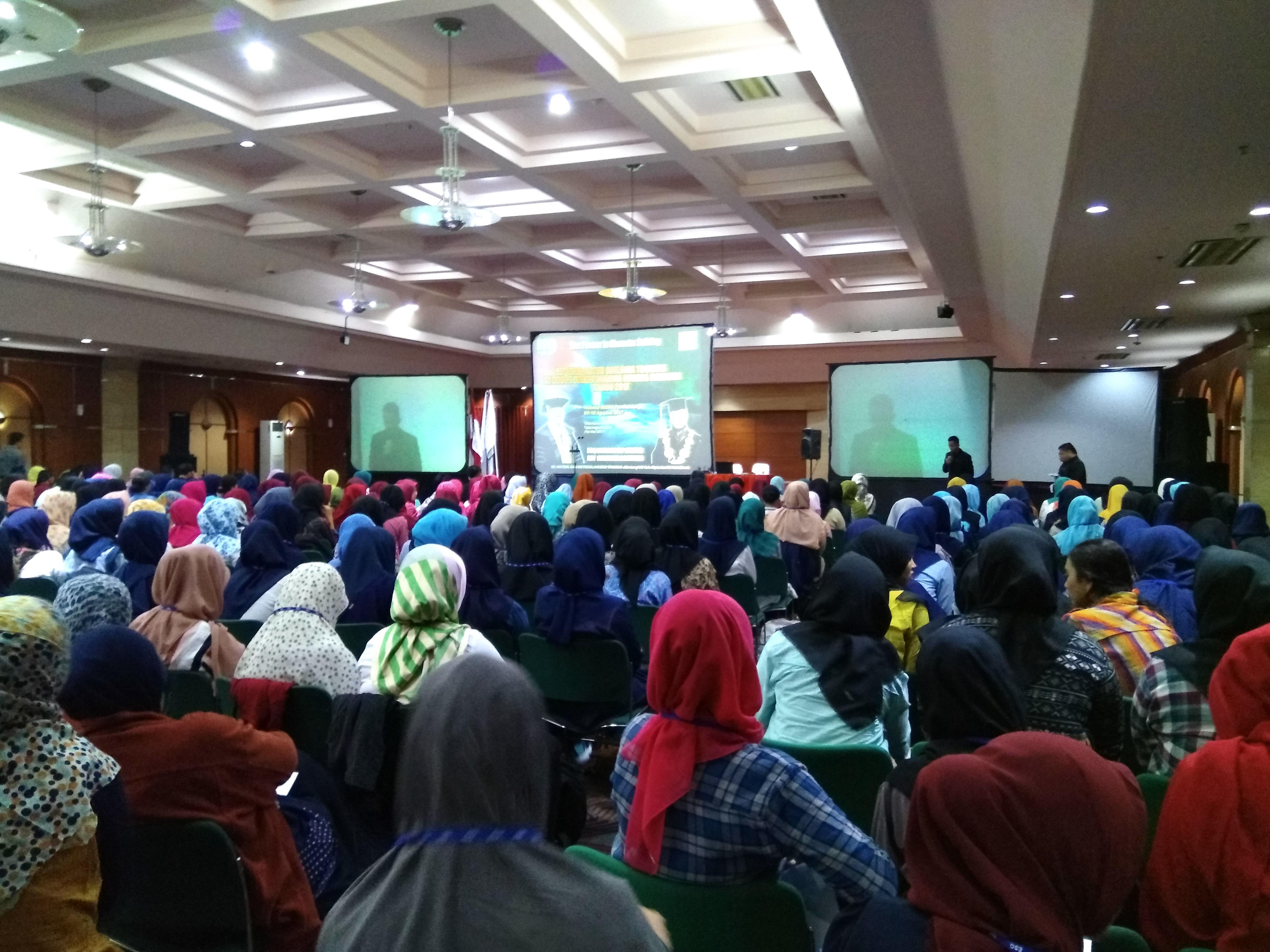 TRAINING ESQ 165 MAHASISWA BARU TAHUN AJARAN 2017/2018