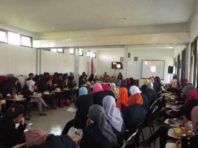 SIMAK !!!! SEMINAR LEADERSHIP TALK 2012 KEMAHASISWAAN STIKES DHB